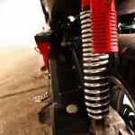 Ferro 803: Tylny amortyzator gazowy