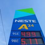 Nawet na najtańszych stacjach litr paliwa kosztuje 5 PLN.