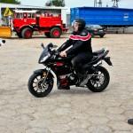 Zipp Pro 50. Motorower o wyglądzie rasowego motocykla.