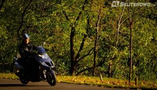 Wiatr i jazda jednośladem: Zgroza dla skutera i motocykla