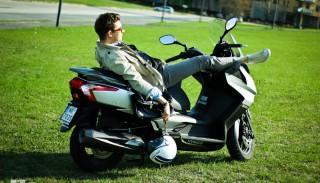 Jazda Skuterem lub Motocyklem Bez Ubezpieczenia OC. Co Ci grozi?