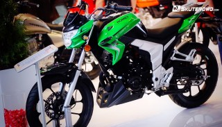 Romet Division 125 (motocykl na prawo jazdy B) na Targach Motor Show w Poznaniu
