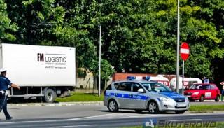 Białystok: policjant dzwonił do znajomego dokąd ma wysłać lawetę.