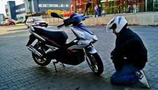 Jak się nie naciąć przy kupnie używanego skutera lub motocykla?