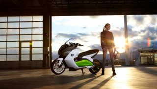 Elektryczny skuter BMW Concept E na IAA