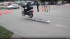 Polska Policja i motocykle: Jak stróże prawa radzą sobie z gymkhaną?