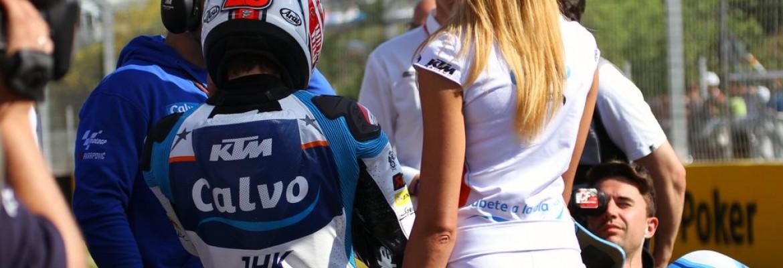 Weekendowy bonus od Skuterowo.com: Piękne kobiety na moto cz. 1