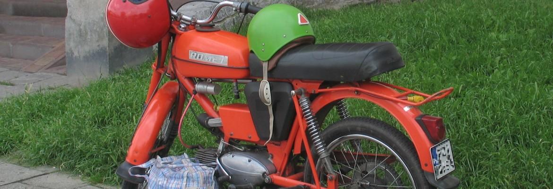 Motorowery w latach 90: Jak to było kiedyś? Kto z Was chciałby wrócić do tamtych czasów?