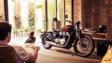 Triumph Bonneville Bobber 2017: Znamy cenę i dane techniczne brytyjskiej nowości