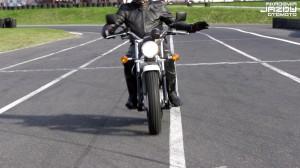 Akademia Jazdy OtoMoto: Odc. 3: Pokonywanie zakrętów, technika przeciwskrętu