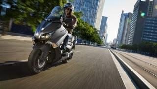 Targi EICMA: Yamaha T-Max 530