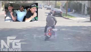 Spokojnie kradniesz sobie skuter, a tu nagle… eksplozja