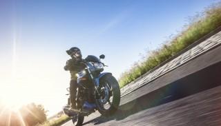 Junak RS 125: Poznaj sportowy motocykl na prawo jazdy B w 90 sekund