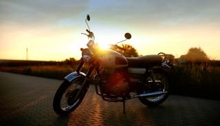 Test Romet Classic 400: Motocykl został przeniesiony w czasie z lat 50