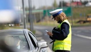 Odbieranie prawa jazdy za prędkość 2016: Czy opłaca się mieć prawko przy sobie?