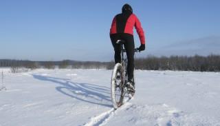 Niekoniecznie motocyklowe sposoby na zimową nudę