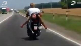4 motocyklistów, którym udało się zasnąć na motocyklu #50 Social Jednoślad.pl