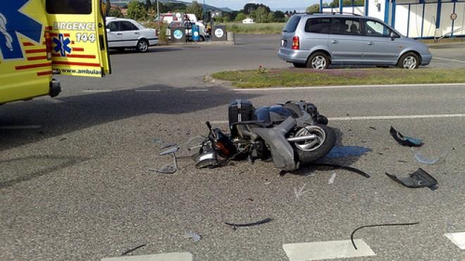 Co grozi za odblokowanie skutera lub motoroweru?