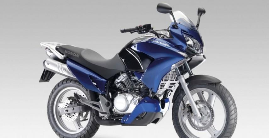 Jazda motocyklem na kat. B: Dlaczego warto kupić sobie motocykl 125?