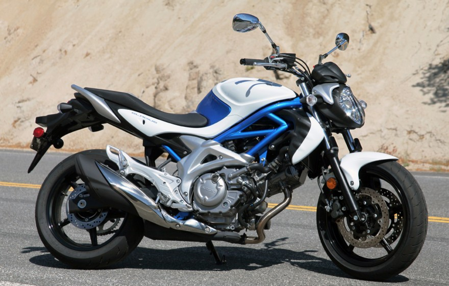 suzuki gladius motocykle skutery motorowery opinie. Black Bedroom Furniture Sets. Home Design Ideas