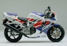 Kultowe motocykle: Honda Cbr 900 RR Fireblade SC 28