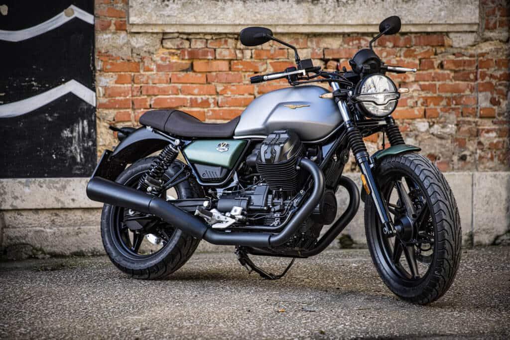 Moto Guzzi V7_Stone_Centenario (1)