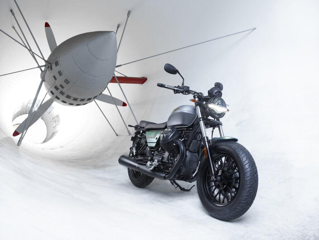 Moto Guzzi V9_Bobber_Centenario