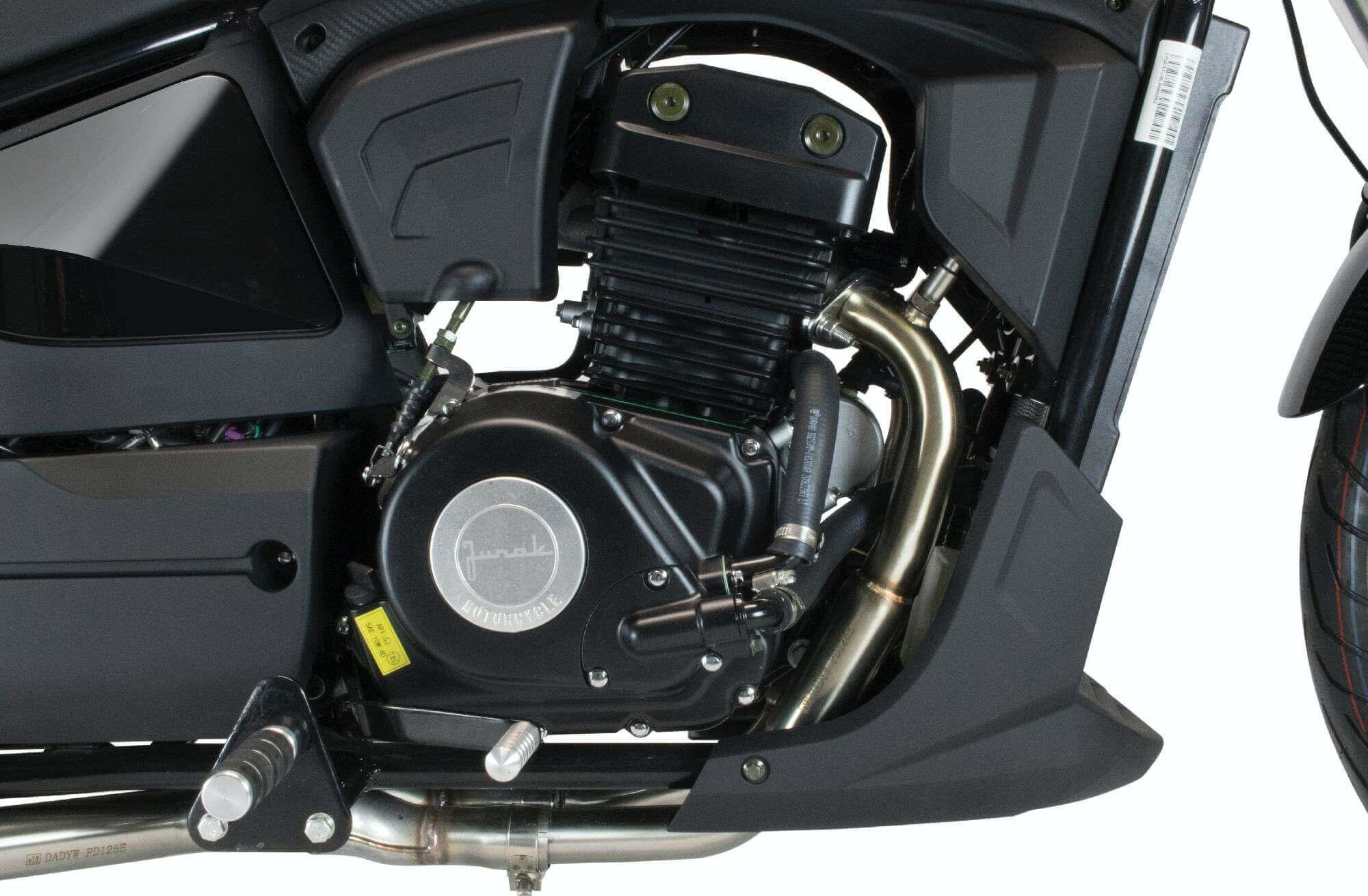 Junak M15 125 2021. Silnik 125